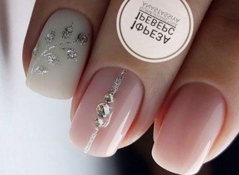 стильные ногти листочки стразы