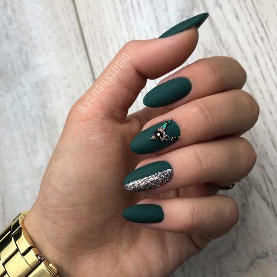 дизайн ногтей зеленого цвета