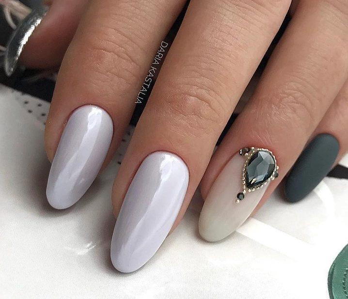 Модный маникюр 2019-2020 в стиле минимализм + фото красивых ногтей
